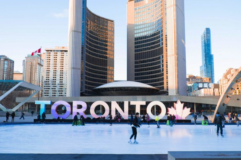 3 Best Spots in Toronto This Winter | Try Toronto airport limo services